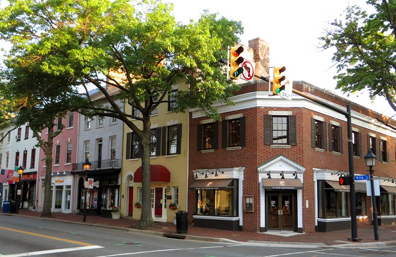 Historical buildings on the street of Old Town Alexandria, Virginia