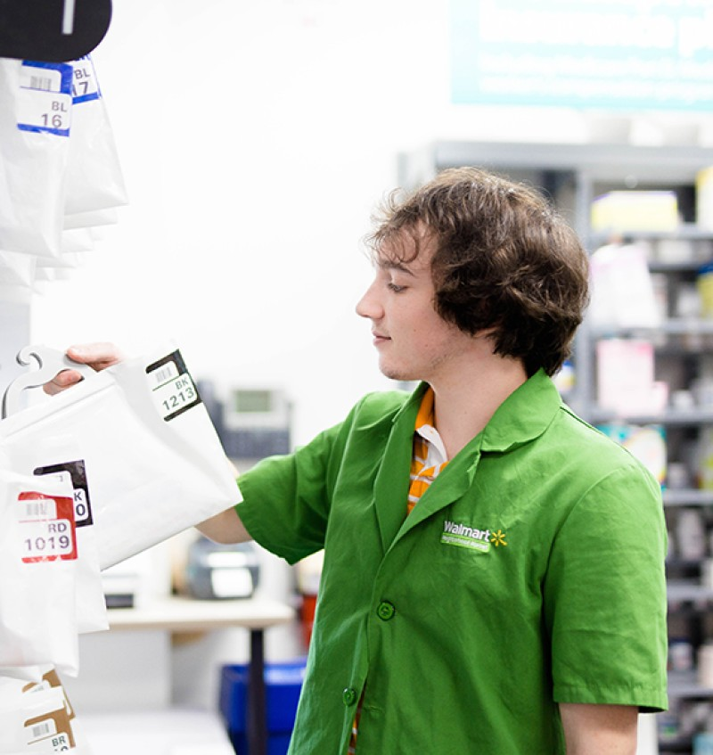 Pharmacy Tech Working At Walmart Store